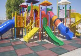 بهسازی پارک ها و اماکن عمومی توسط شهرداری لار