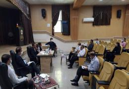 نشست صمیمی اعضای شورا شهر لار با مهندس حسین زاده نماینده شهرستانهای لار، گراش، اوز و خنج